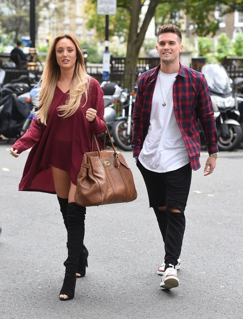 Mar 2017. Charlotte Crosby and Stephen Bear have grown pretty close recently.