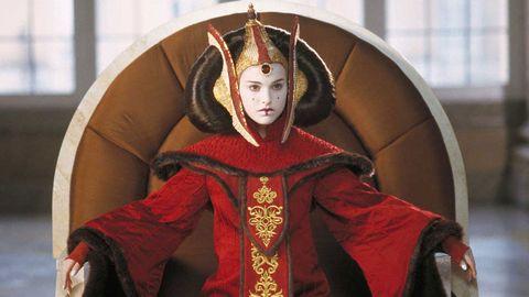 [Image: 1465913370-queen-amidala-star-wars.jpeg?resize=480:*]