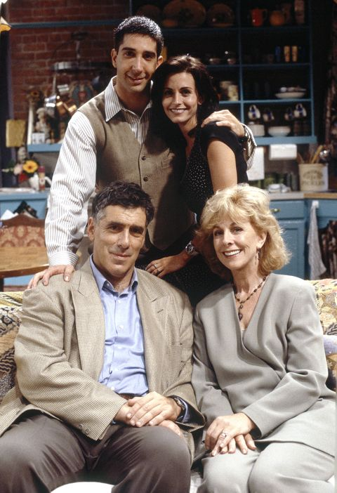 David Schwimmer as Ross Geller, Courteney Cox as Monica Geller, Christina Pickles as Judy Geller, Elliott Gould as Jack Geller on Friends