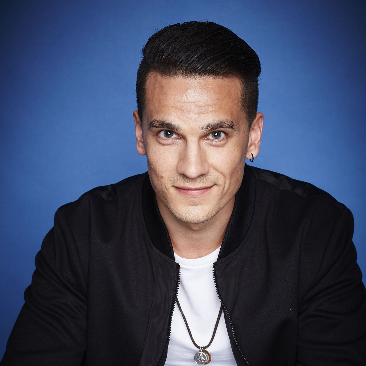 Former EastEnders star Aaron Sidwell announces his engagement