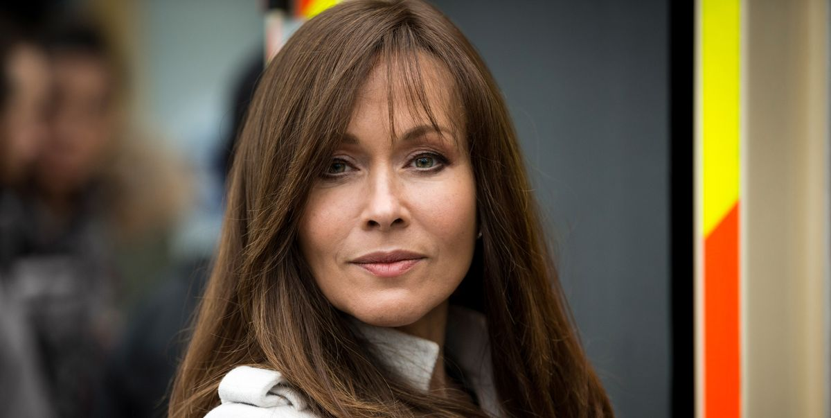 Casualty star Amanda Mealing discovered she was adopted at a wedding aged 30