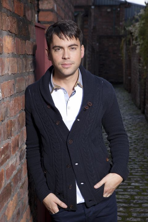 Sacked Coronation Street star Bruno Langley apologises for
