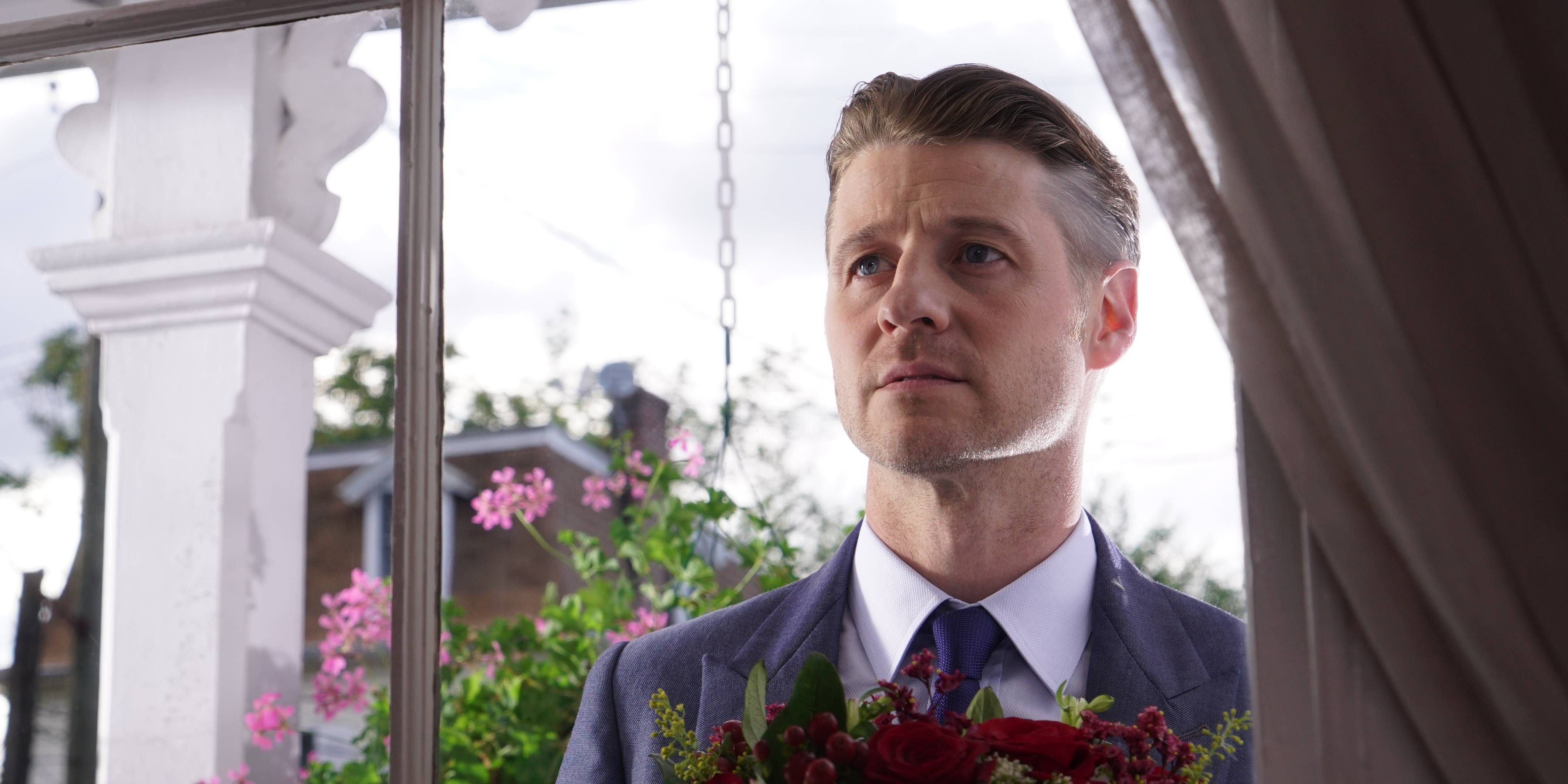 Jim Gordon in Gotham s03e01, 'Mad City: Better to Reign in Hell'