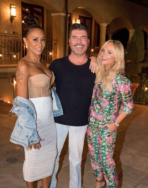 The Top 7 Girls fly to Malibu for Judges' Houses on The X Factor where Simon Cowell, Mel B and Emma Bunton will decide who makes the live shows.