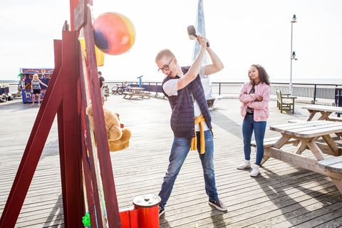 Alfie Nightingale and Jade Albright daydream that they're in Southport in Hollyoaks