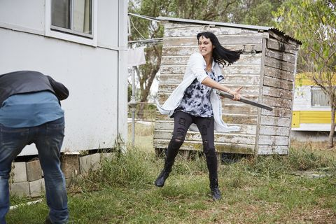 Decker's niece Hope goes on the attack in Home and Away