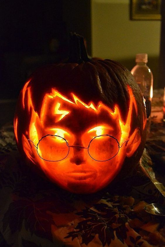 24 amazing halloween pumpkin designs you ll want to try yourself from the walking dead to star wars 24 amazing halloween pumpkin designs