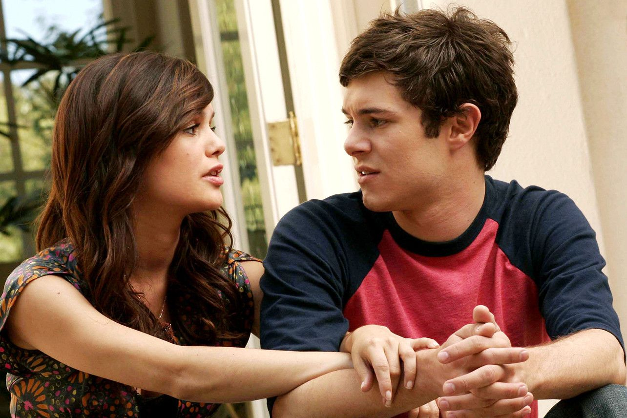 Who is seth from the oc dating service