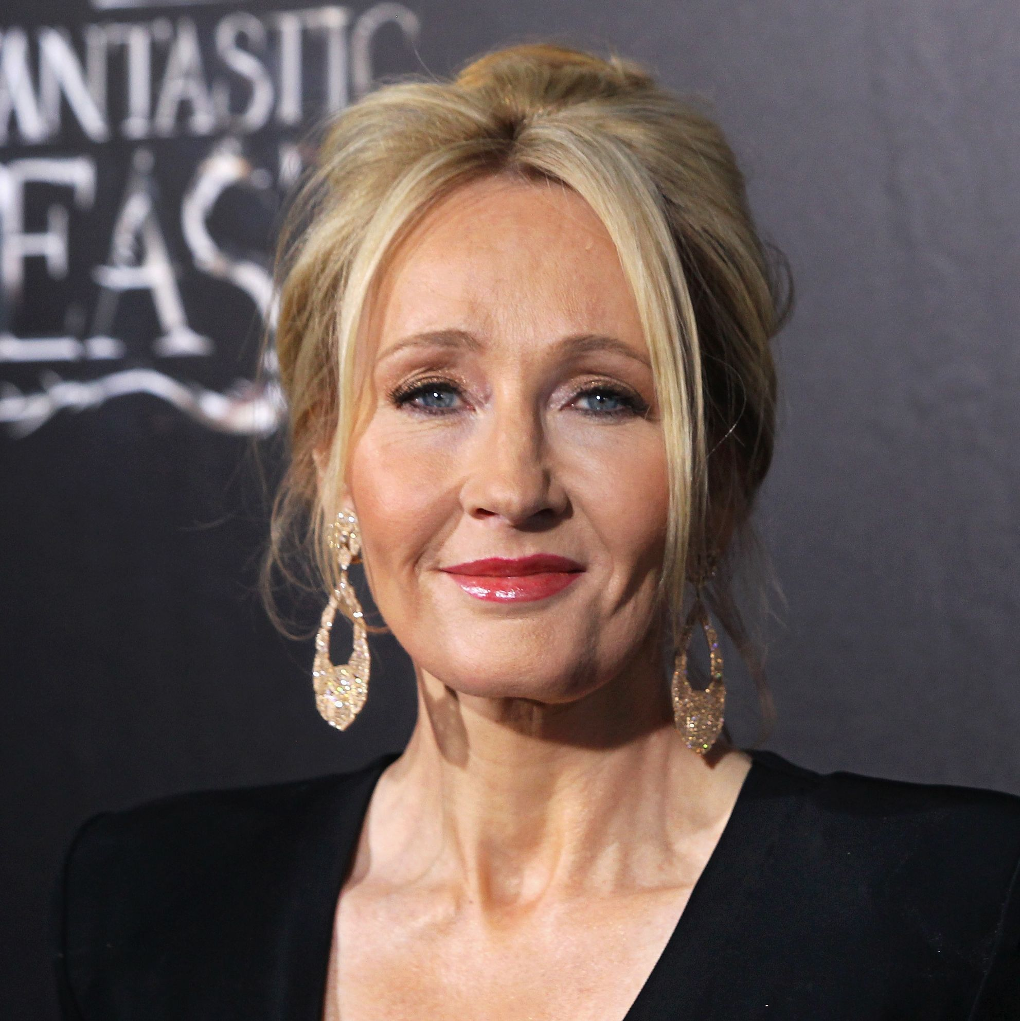 Harry Potter fans aren't happy with JK Rowling's comments on Dumbledore and Grindelwald's relationship
