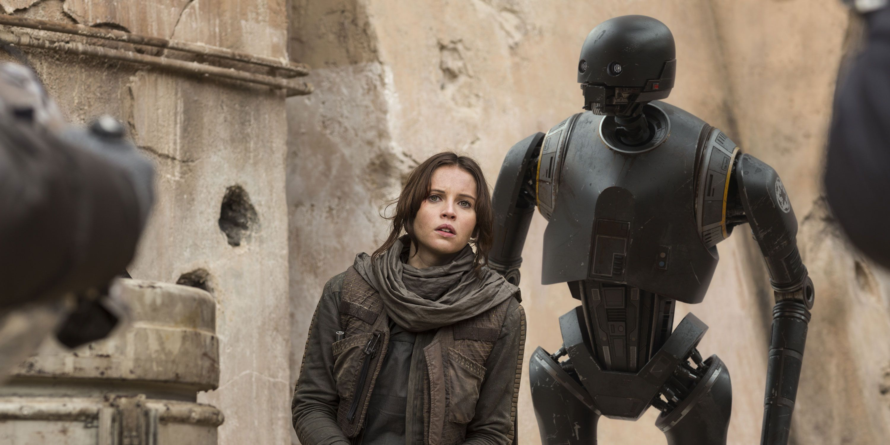 Star Wars, Rogue One, Felicity Jones as Jyn Erso, and K-2SO