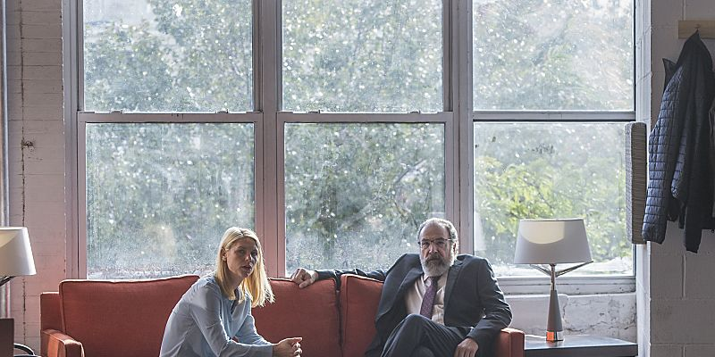 Claire Danes and Mandy Patinkin in Homeland season 6
