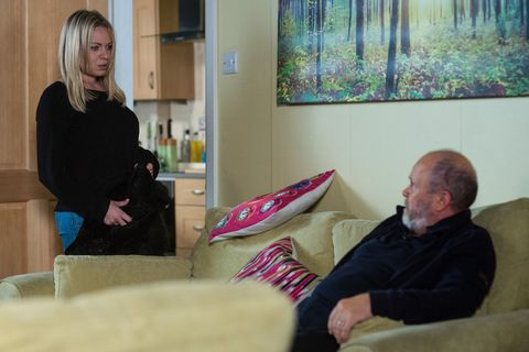 Phil Mitchell warns Roxy to clean up her act in EastEnders