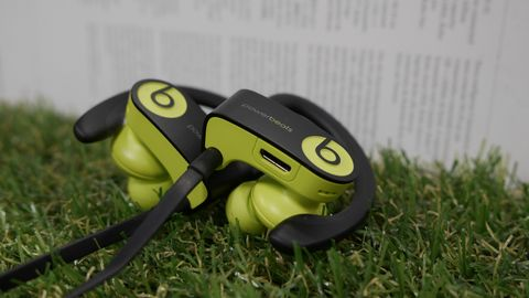 948c539c3a4 Beats Powerbeats 3 Review: The ultimate in-ear headphones for ...