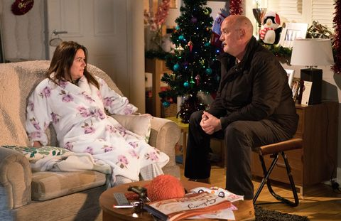 Pat Phelan comes to Anna Windass's rescue in Coronation Street
