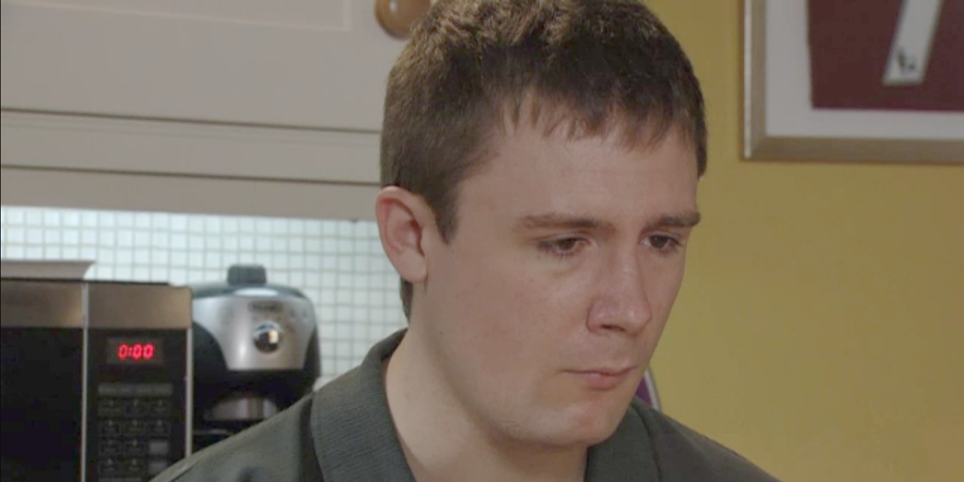 Lee Carter tells Whitney that he caused the Queen Vic robbery in EastEnders