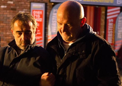 EMBARGO 10/1 Phelan is smug as the fire breaks out in Coronation Street