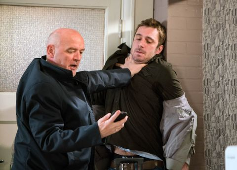 EMBARGO 10/1  Phelan demands answers from Andy in Coronation Street