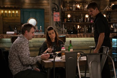 17/1 Michelle gets drunk at the Bistro in Coronation Street