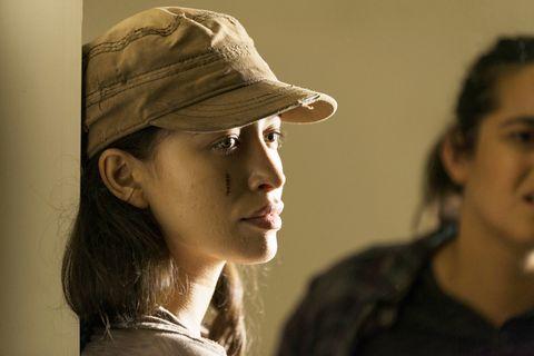 Walking Dead Actress Stars In New Netflix Series Selena Trailer