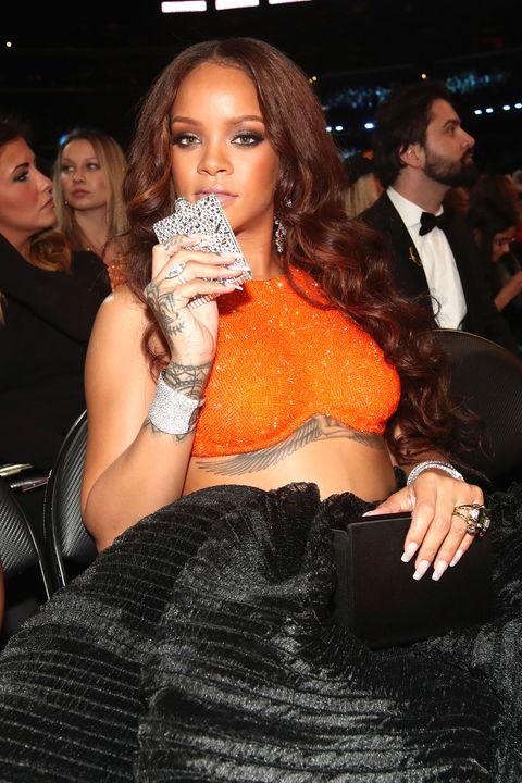 Rihanna, hipflask, Grammy Awards 2017