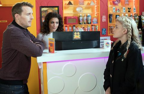 Bethany Platt apologises to Nathan for overreacting and asks him for another chance