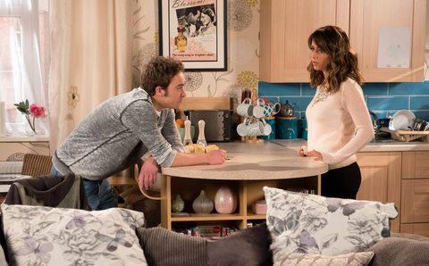Maria Connor tells David Platt about her and Aidan in Coronation Street