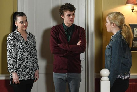 Whitney and Johnny Carter seek Abi Branning's advice over Lady Di in EastEnders