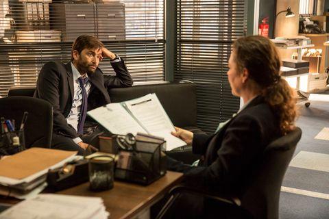 David Tennant and Olivia Colman in 'Broadchurch' s03e07