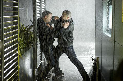 Cal and Scott fight in Casualty