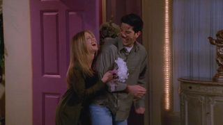 Friends fans - did you notice this massive Phoebe mistake in