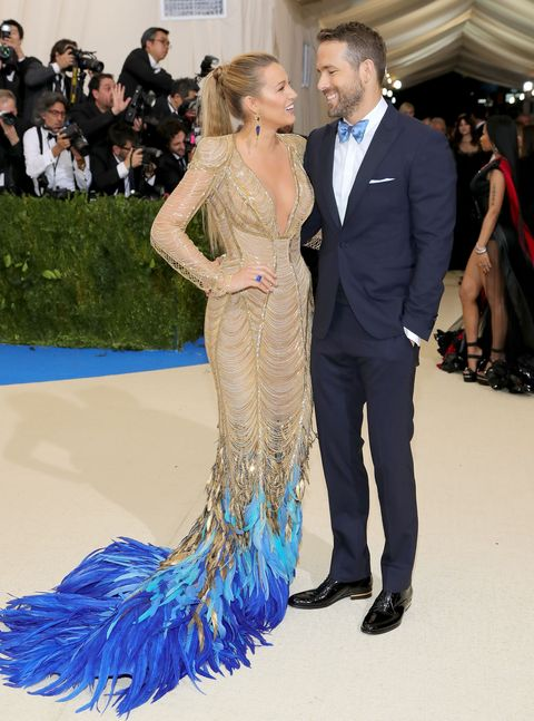 Ryan Reynolds And Blake Lively Wedding.Ryan Reynolds Hilariously Shuts Down Marriage Trouble Rumours