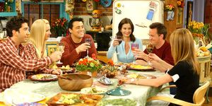 The pals convince Monica to cook Thanksgiving dinner, then they all show up late and she locks them out. Not the best Thanksgiving episode, but solid all the same.