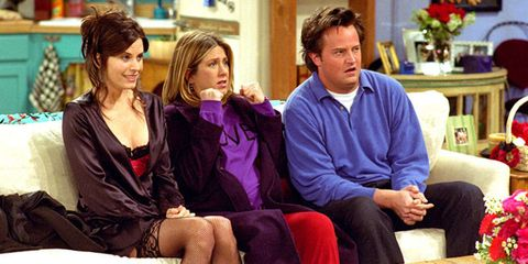 did chandler and rachel ever hook up