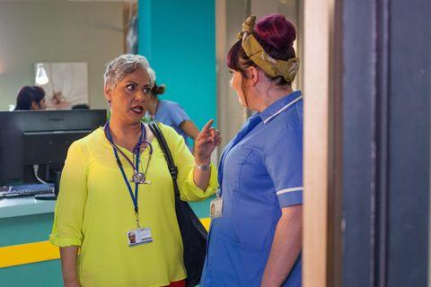 Misbah Maalik starts work at the hospital in Hollyoaks