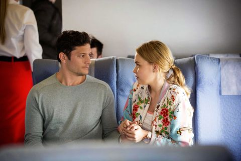Finn Kelly and Xanthe Canning try to flee together in Neighbours