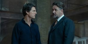 Tom Cruise and Russell Crowe in The Mummy (2017)