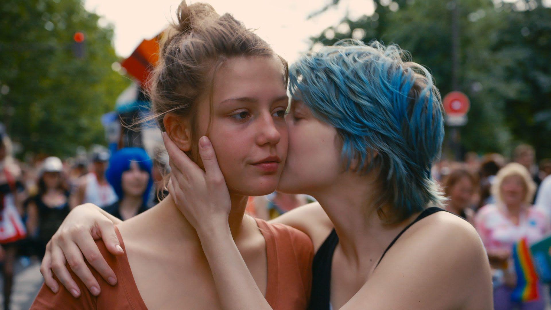 Lesbian pop culture web sites