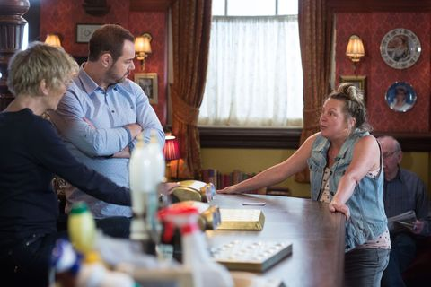 Karen asks Mick and Shirley for a job at The Vic in EastEnders