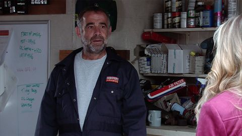 Kevin Webster confides in Rosie about Anna in Coronation Street