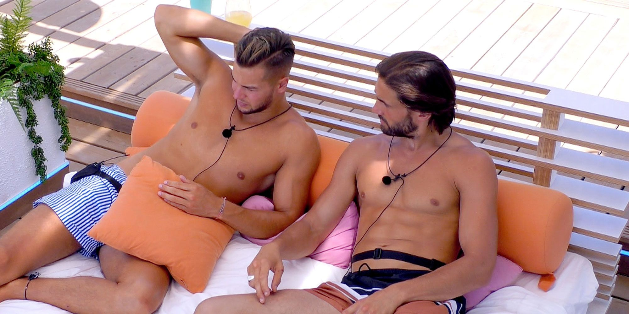 LOVE ISLAND 12/07/2017 - Chris and Jamie