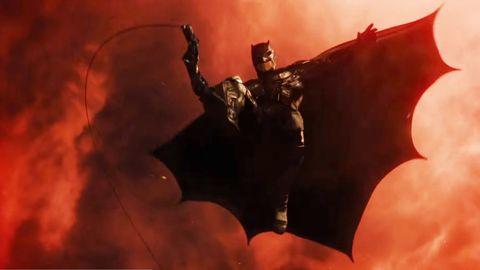 Ben Affleck's Batman in Justice League trailer screengrab