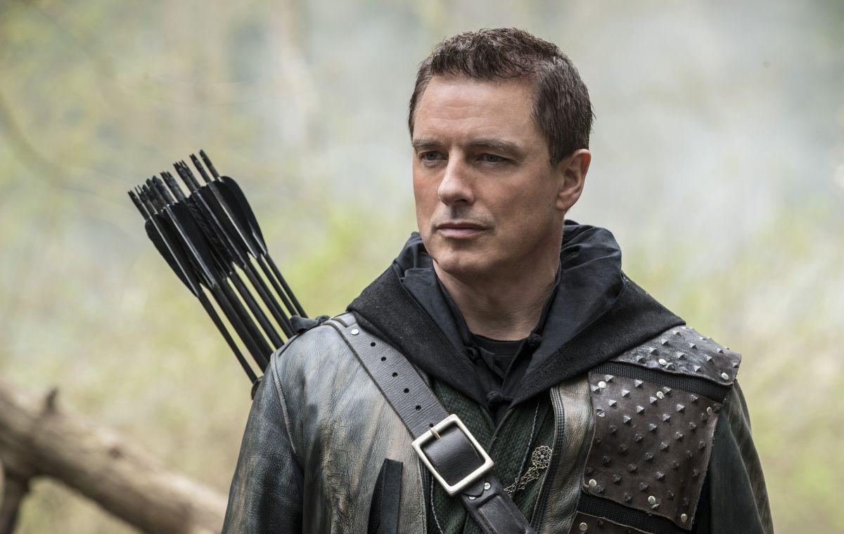 Arrow's John Barrowman explains why season 8 premiere was his final episode on the show
