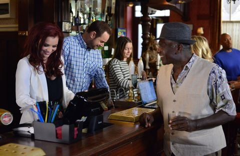 Whitney Carter returns to the Queen Vic in EastEnders