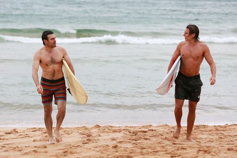 Home and Away: 20 spoiler pictures as the new family run into