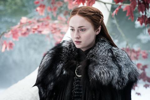Game of Thrones s07e04: Sansa Stark appears worried