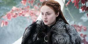Game of Thrones s07e04: Sansa Stark appears worried