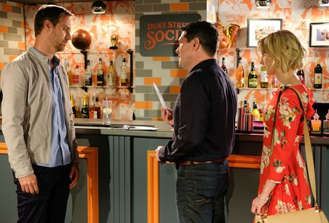 Darcy Wilde meets a mystery man in Hollyoaks