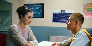 Shona Ramsey visits Clayton Hibbs again in Coronation Street
