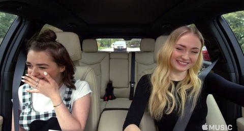 maisie williams, sophie turner, carpool karaoke