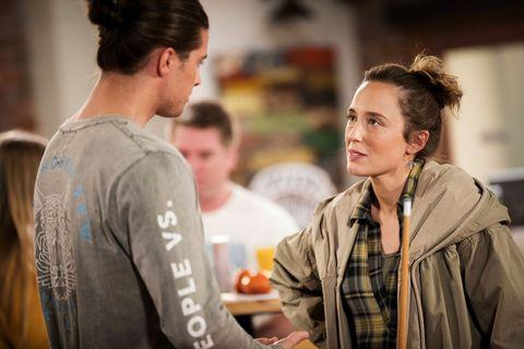 Sonya Rebecchi comforts Tyler Brennan in Neighbours